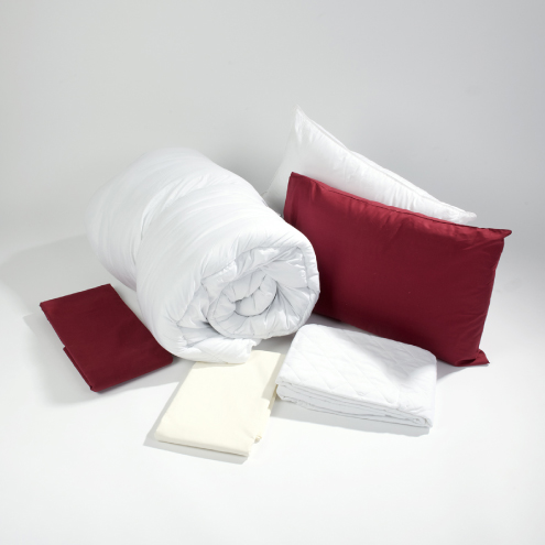 Bedding-store-rustic-red